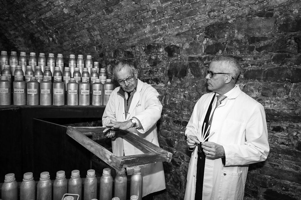 Guy Delforge et Charles Kerangoff, Parfumerie Guy Delforge,Parfumeur, Aurore Delsoir Photographe d'entreprise