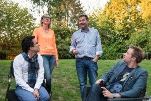 Organisation du 2ème LinkeInd local Namur ou comment rendre réels vos contacts professionnels virtuels. Instantanés et reportage en couleurs par Aurore Delsoir photographe d'entreprise.