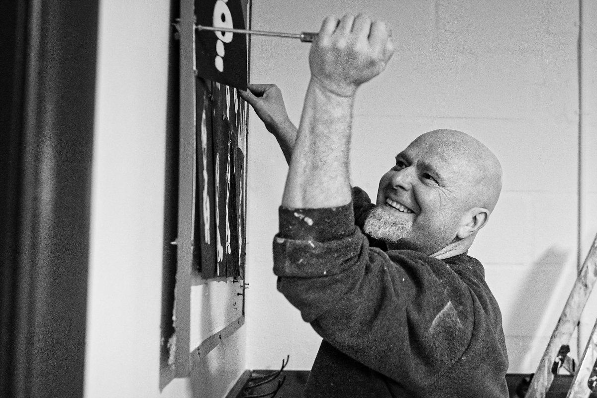 Portrait d'entrepreneur, Christian delhausse, Couleur Passion, Aurore Delsoir Photographe d'entreprise