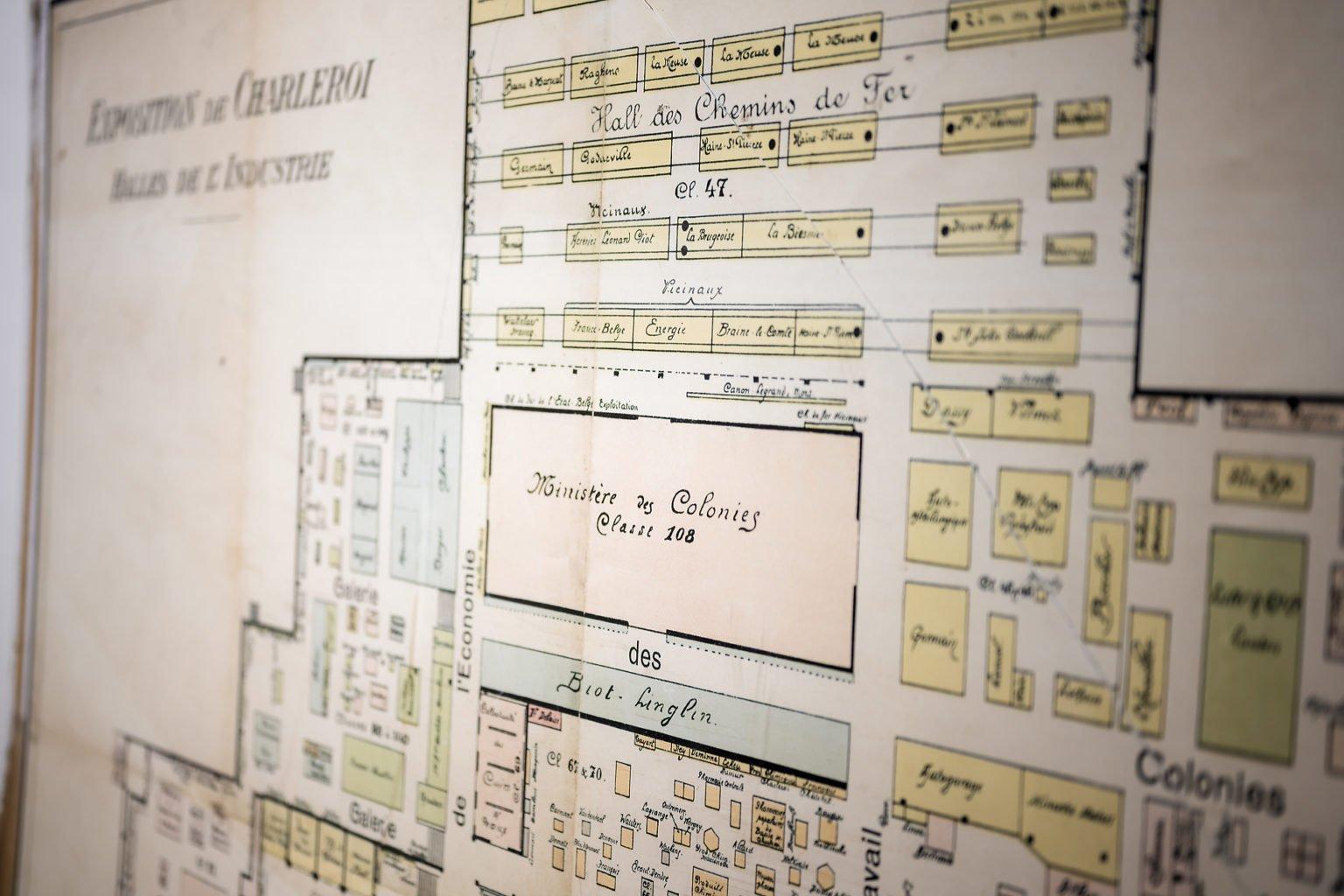 Carte des Expositions de Charleroi, inauguration du FabLab de Charleroi, événement d'entreprise par Aurore Delsoir photographe d'entreprise à Bruxelles et en Wallonie