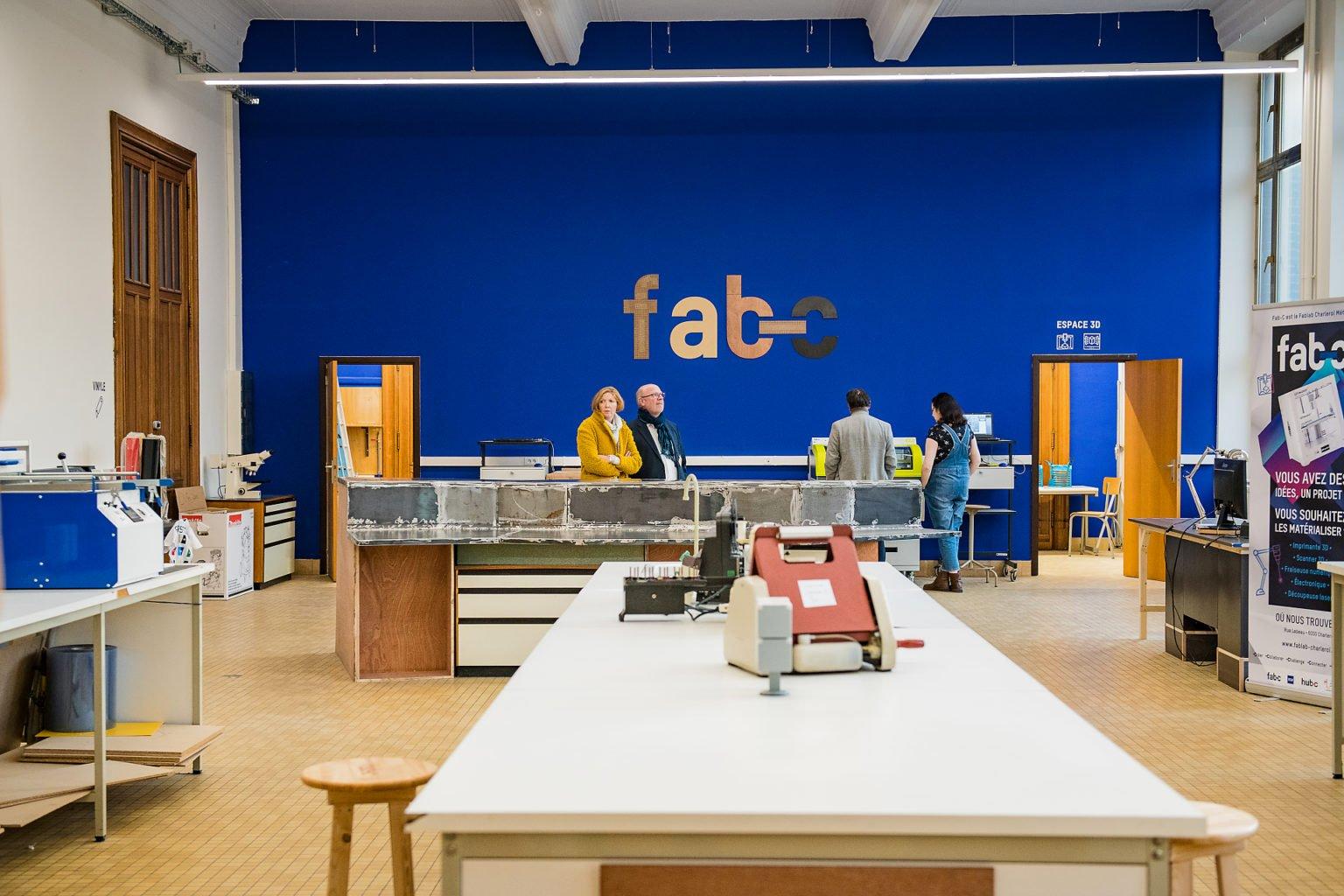 Vue du Fab-C, inauguration du FabLab de Charleroi, événement d'entreprise par Aurore Delsoir photographe d'entreprise à Bruxelles et en Wallonie