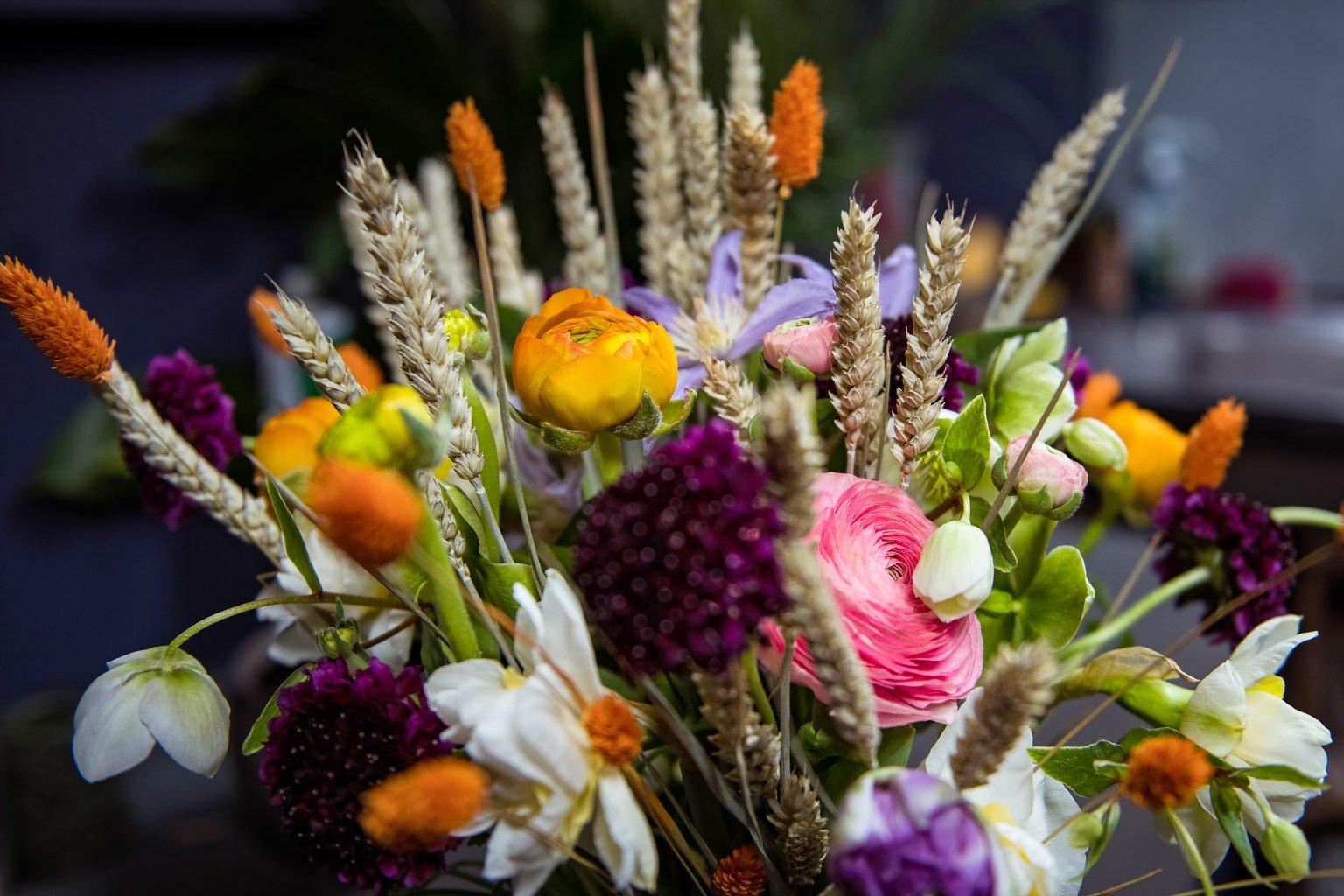Bouquet de printemps, création de Mélanie Monard, Côté Fleur Bleu