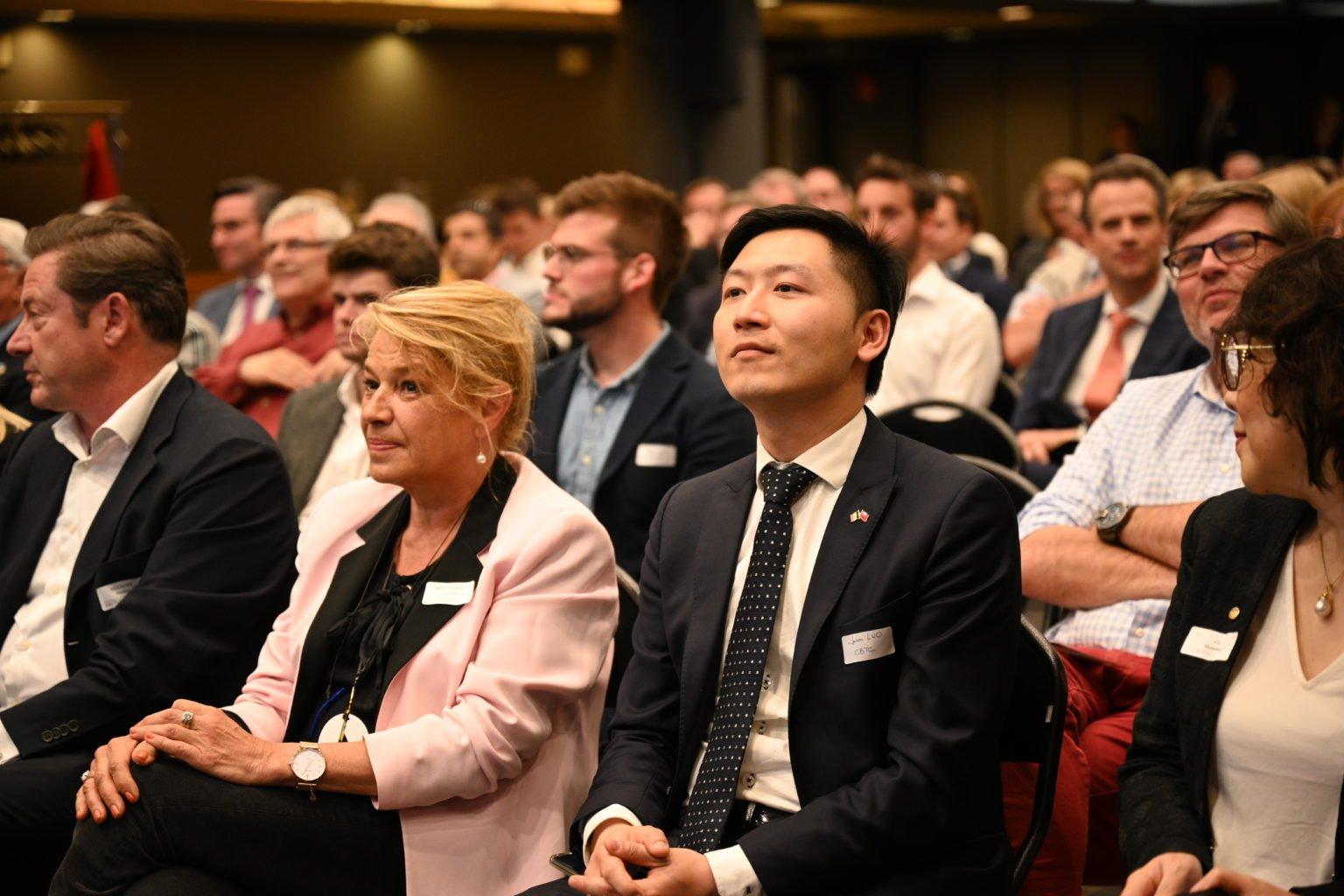 Mr Jason Luo (CBTC), Conférence à propos du CBTC, par le Rotary Club de Louvain-La-Neuve