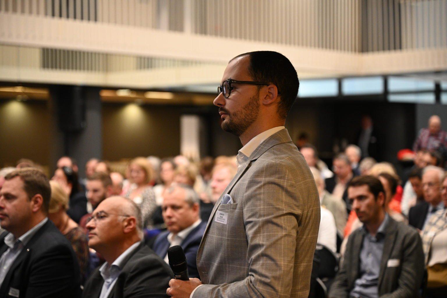 Conférence à propos du CBTC, par le Rotary Club de Louvain-La-Neuve