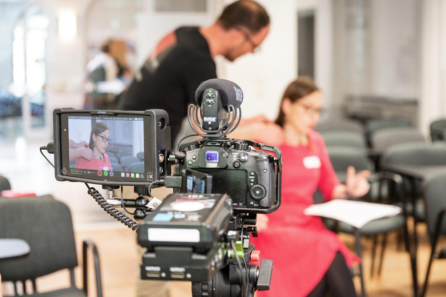 """Enregistrement de Ramona Coman, Institut d'Etudes Européennes, Conférence Biennale """"L'UE dans les affaires européennes"""", juin 2019. Aurore Delsoir Photographe d'entreprise"""