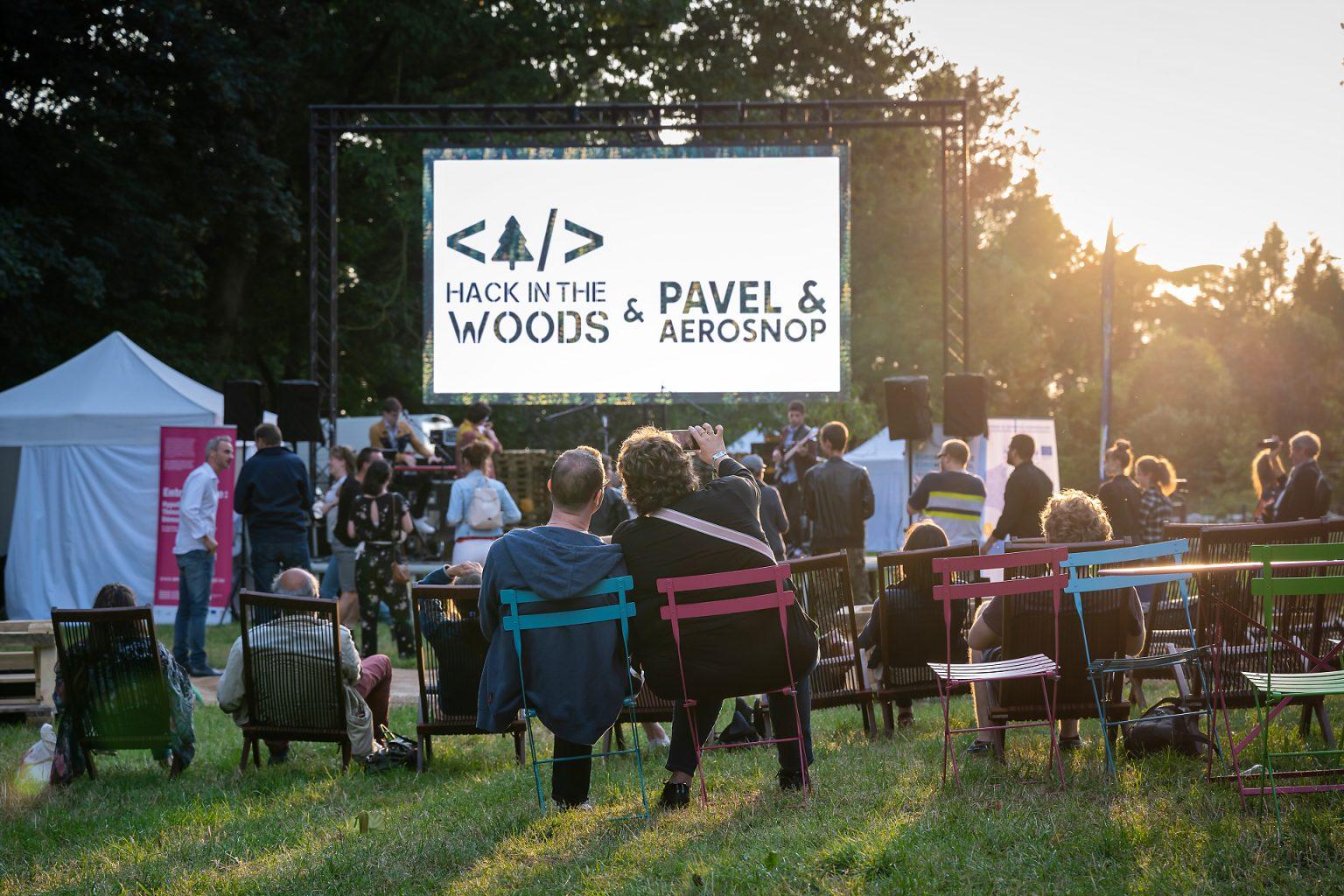 Concert de Pavel & Aerosnop au festival Hack in the Woods 2019 par Aurore Delsoir photographe corporate