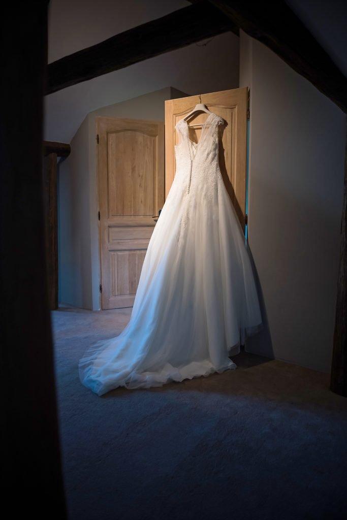 Photo de la robe de mariée, Mariage de Jennifer et Benjamin, Aurore Delsoir photographe événementiel