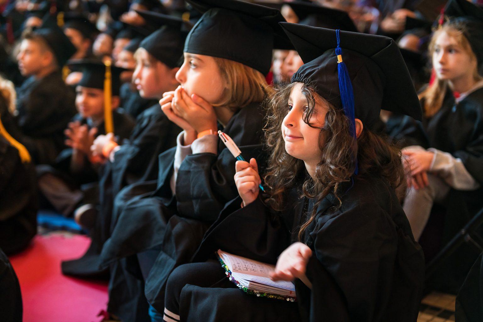 Université des Enfants de Charleroi : public attentif. Reportage photographique de l'événement par Aurore Delsoir photographe événementiel