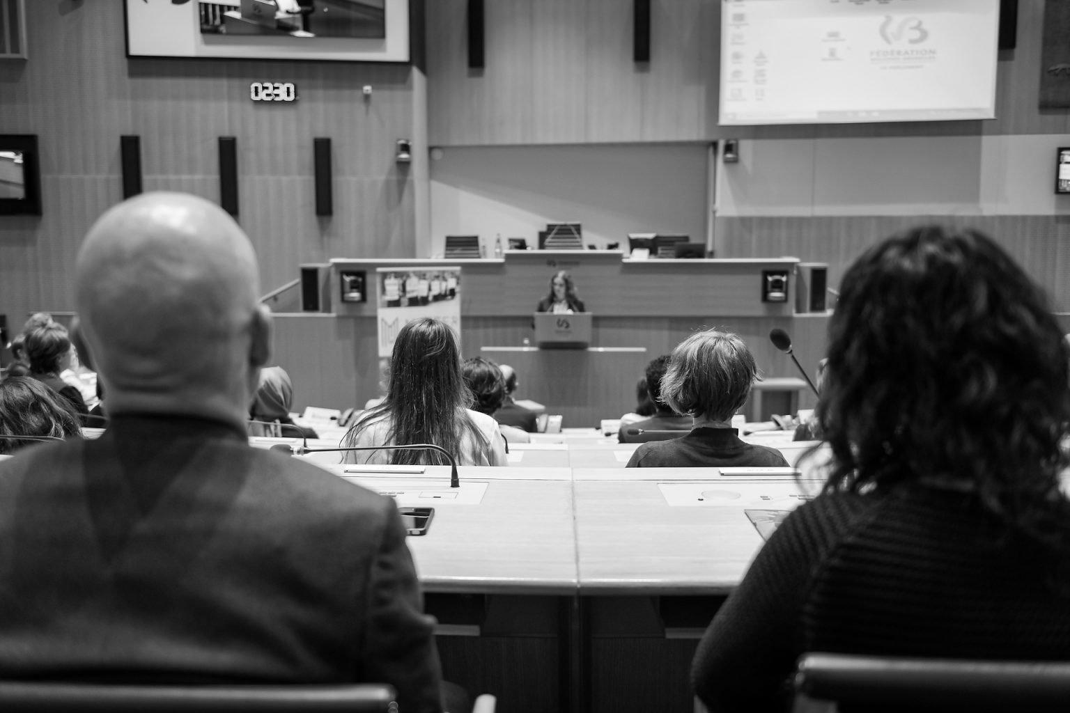 Détail du Parlement Fédération Wallonie-Bruxelles, Proclamation du Master de spécialisation en études de genre 2019 par Aurore Delsoir Photographe corporate