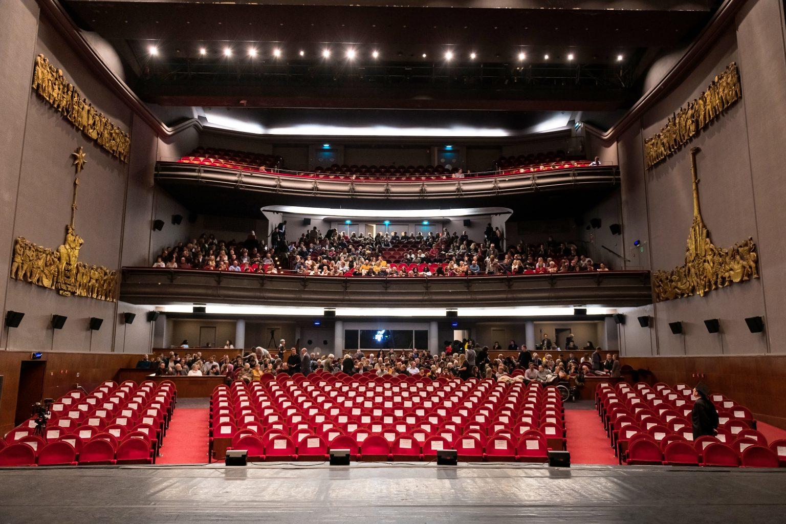 Théâtre Royal de Mons, remise de diplômes de la proclamation 2018-2019 de la FUCaM, par Aurore Delsoir Photographe Corporate