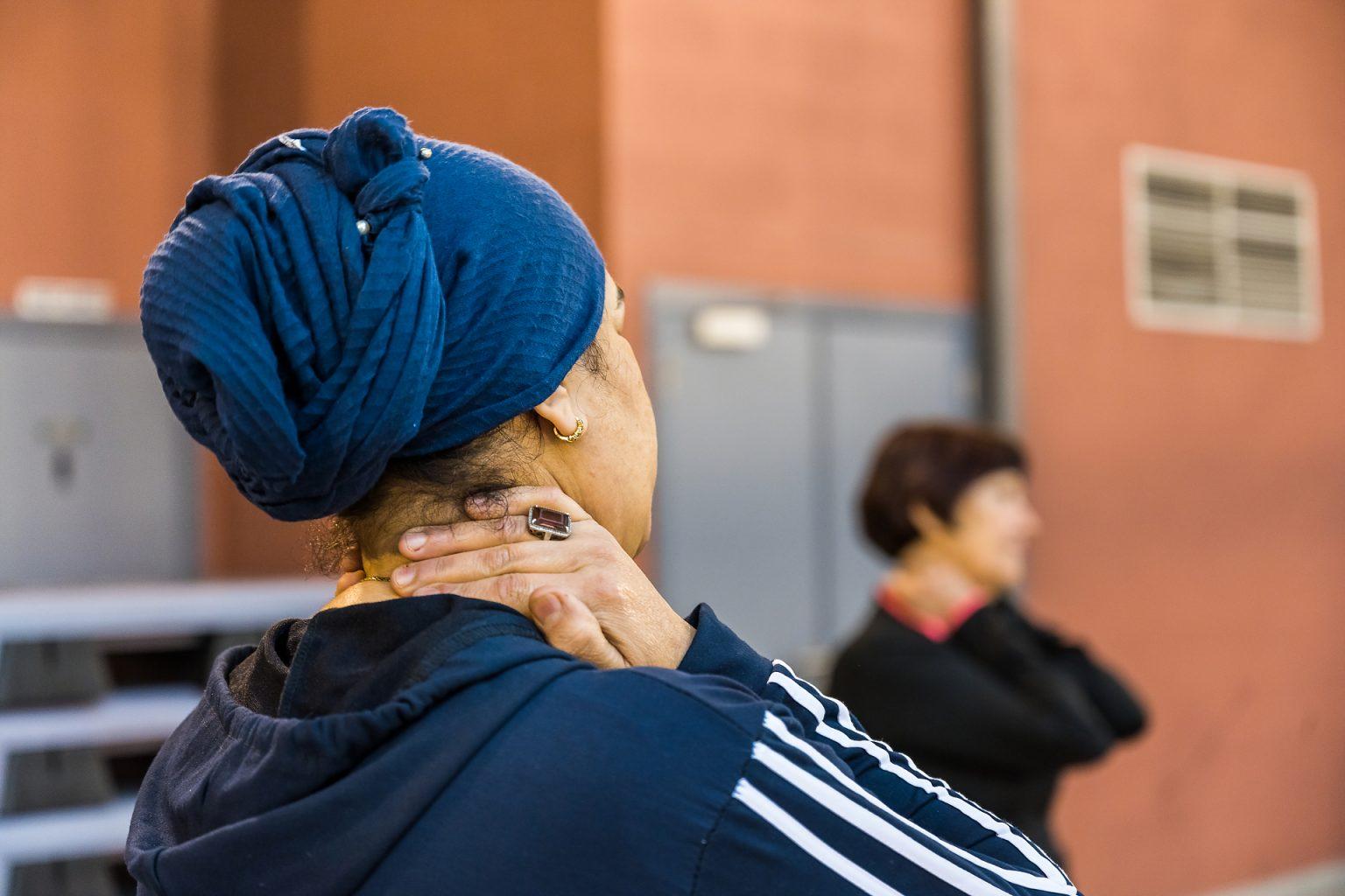 Séance de sport Hall Omnisport Charleroi, Travail sur la confiance en soi par la pratique sportive et la photographie, Aurore Delsoir Photographie