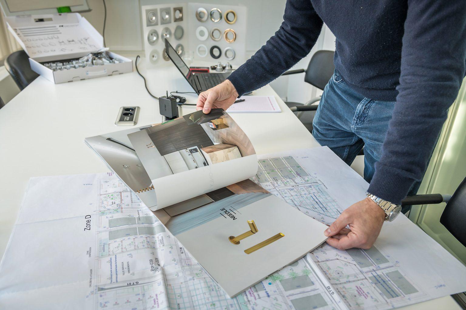 Recherche de nouveaux produits pour un éclairage personnalisé,  Portrait de Laurent Jacovy, Euro-Spotlite
