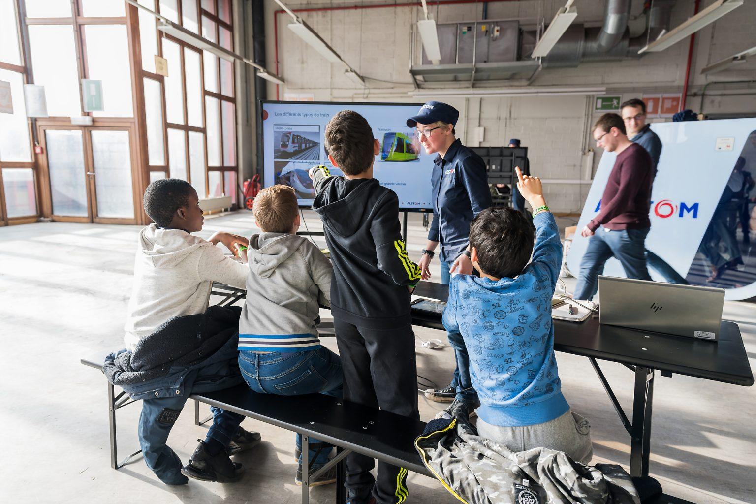 Atelier train organisé par l'UDEC à l'A6K