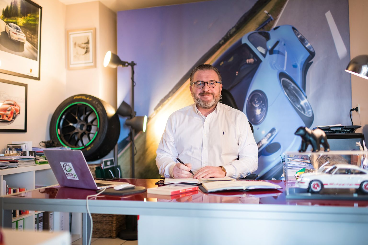 Henri Prévost CEO de BSPK à son bureau, portrait d'entrepreneur