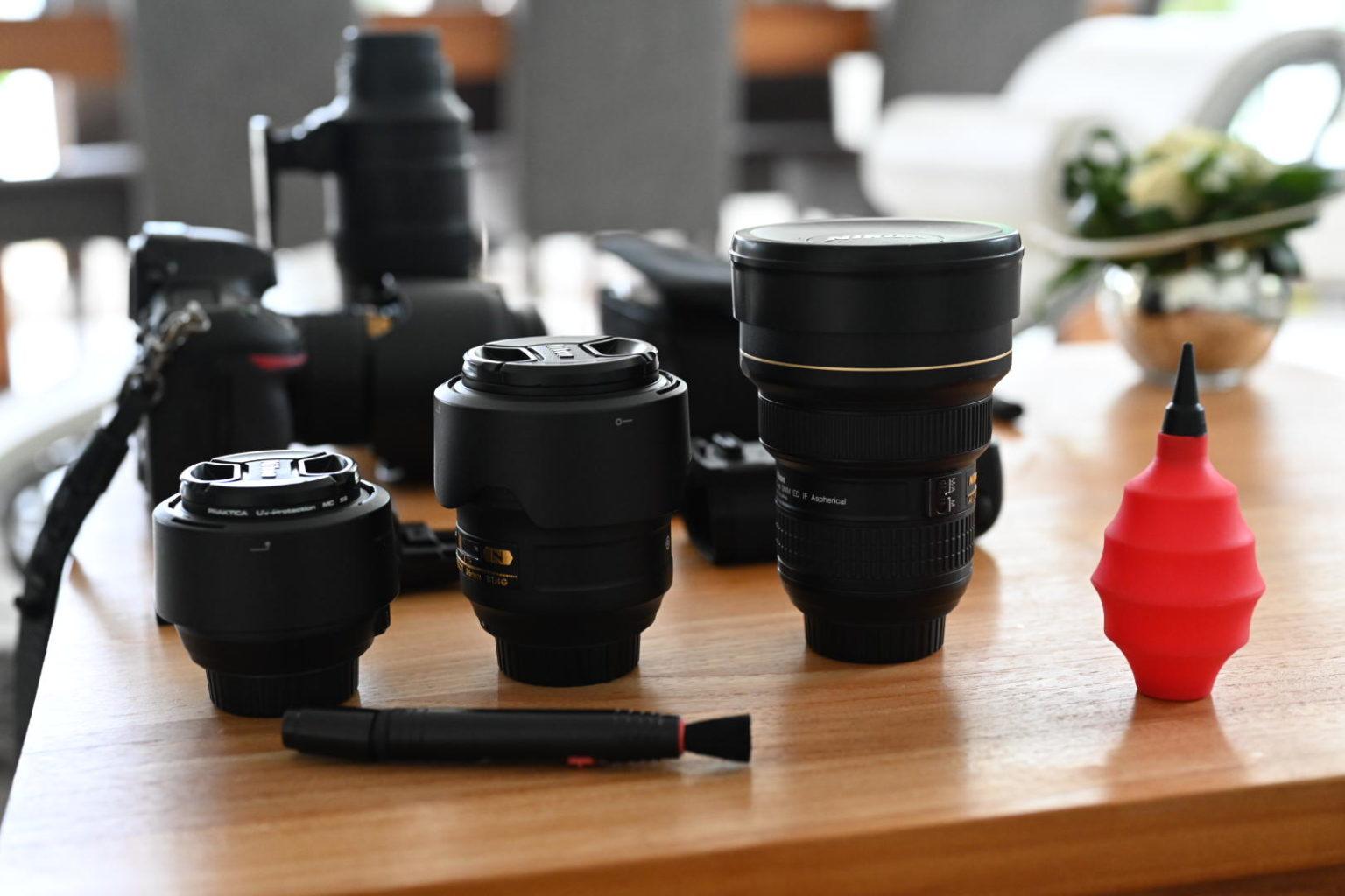 En pleine préparation de reportage, Aurore Delsoir photographe