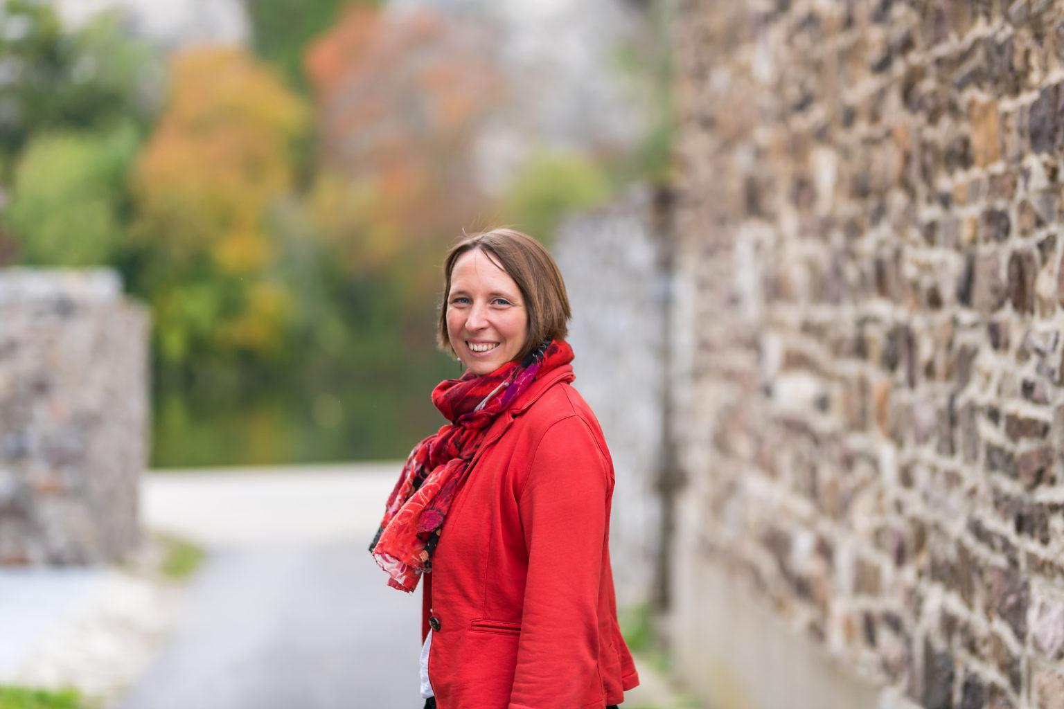 Virginie Carlier, photo de profil entrepreneur, Aurore Delsoir photographe d'entreprise